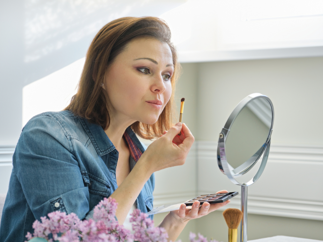 Don't Leave Your Look Bare By Skipping Face And Hair Final Touches